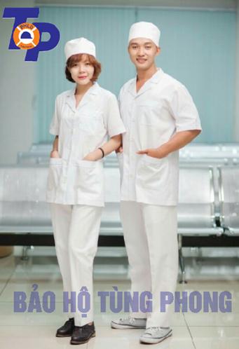 Áo blouse y tá